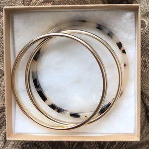 Jewelry - 💎3 Gorgeous Bangle Bracelets👠